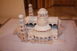 """Το τζαμί,ο Ναός του Απόλλωνα και μια...""""τούρτα-τσιμέντο""""!"""