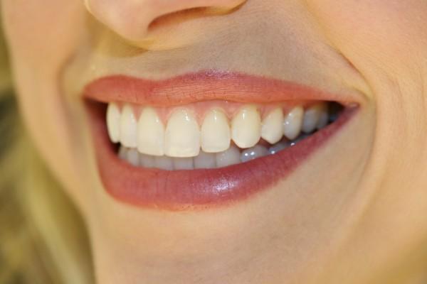 jennifer-side-smile-img_11381