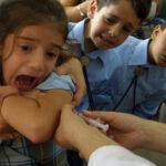 Τα εμβόλια κάνουν περισσότερο κακό παρά καλό