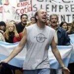 [Ψευδές;] Συμβουλές οικονομολόγου που έζησε τα γεγονότα της Αργεντινής