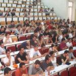 Οι καθηγητές των Α.Ε.Ι. ως βουλευτές και υπουργοί καταλύουν το Σύνταγμα