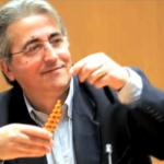 Σκάνδαλο: 80.000 ευρώ ο μισθός του Παναγόλοπουλου – Γιατί να πάω στην πορεία;