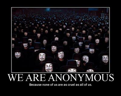 "Anonymous για την Ελλάδα: ""Συγχαρητήρια. Τραβήξατε την προσοχή μας και τώρα είστε ο στόχος στον πόλεμό μας ενάντια στο σάπιο σύστημά σας."""