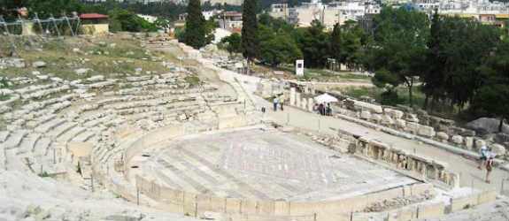 Ζωντανεύει το αρχαιότερο θέατρο της Αθήνας μετά από 2.500 χρόνια
