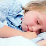Ο μεσημεριανός ύπνος βοηθά τη μνήμη των μικρών παιδιών