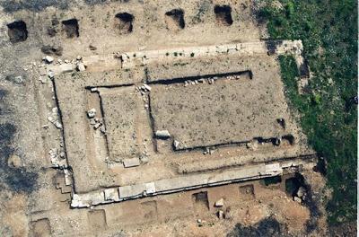 Ναός Γεωμετρικής εποχής στα θεμέλια ναού του 530 πχ στο Αίγιο