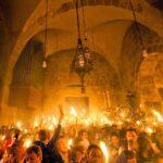 """Άγιο Φως - Μια ιερή και """"θαυμαστή"""" απάτη"""
