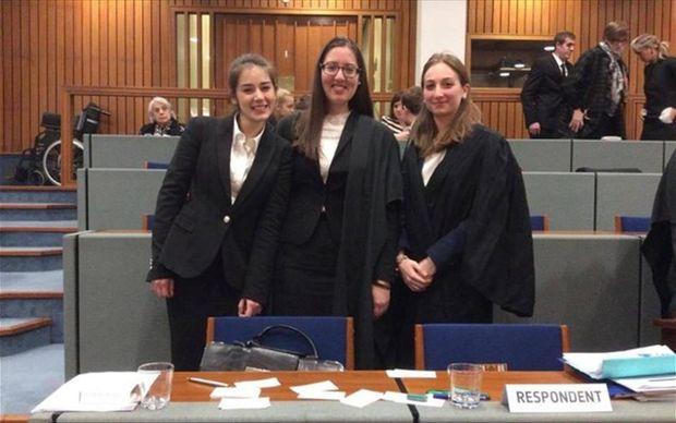 Πρωταθλήτρια Ευρώπης η Νομική Σχολή Αθηνών