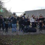 """Το Μουσικό Σχολείο Αλίμου """"έσπασε"""" με μουσική το τείχος της ντροπής στη Γερμανία"""