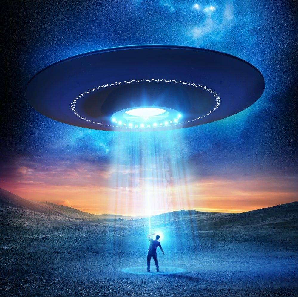 «Κάτι συμβαίνει» με τα UFO: Γιατί προειδοποιούν Αμερικανοί πολιτικοί ότι απειλείται η ασφάλεια των ΗΠΑ